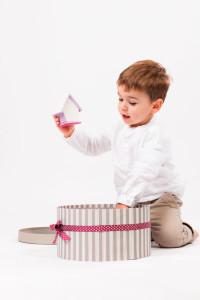 enfant-studio-portrait-boite
