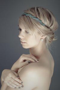 portrait-femme-studio-topless-sensuelle-Augustin-Paris